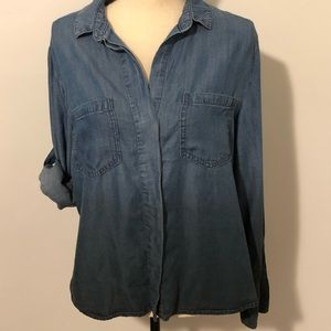 Cloth & Stone chambray hi-low hem shirt Size M